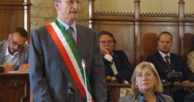 Ospedale, il sindaco di Gubbio indice un'assemblea pubblica