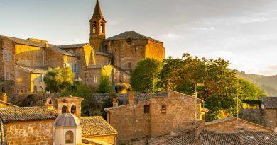 Orvieto. Regolamento Arredo urbano e Decoro dell'Ambiente urbano